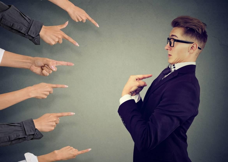 La trappola dell'approvazione. 10 consigli per non cadere vittima del bisogno di approvazione e rendere la tua vita migliore