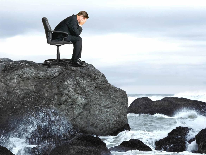"""""""Smetti di ruminare sulla tua vita e inizia a viverla!"""" 10 consigli per passare dal pensiero all'azione e la tecnica della Worry Chair"""